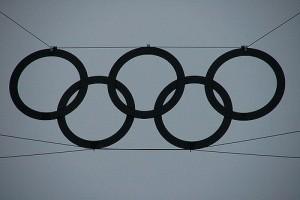 Bild på Olympiska spelens ringar i svart