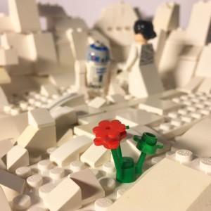 Prinsessan Leia och R2D2 i lego...